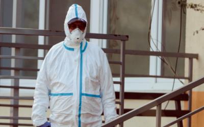 Polskie państwo nie zdaje egzaminu w obliczu pandemii. Wywiad z Piotrem Szumlewiczem